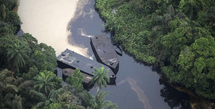 'Shell Nijerya'daki petrol sızıntısını temizlemedi'