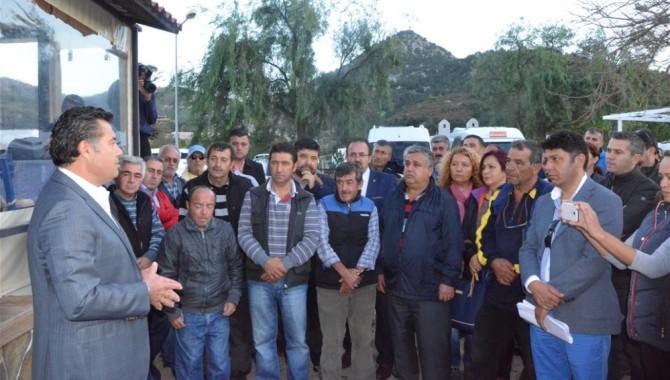 Bodrum Belediye Başkanı Mehmet Kocadon Yalıkavak'ta RES'e karşı direnenlere destek verdi