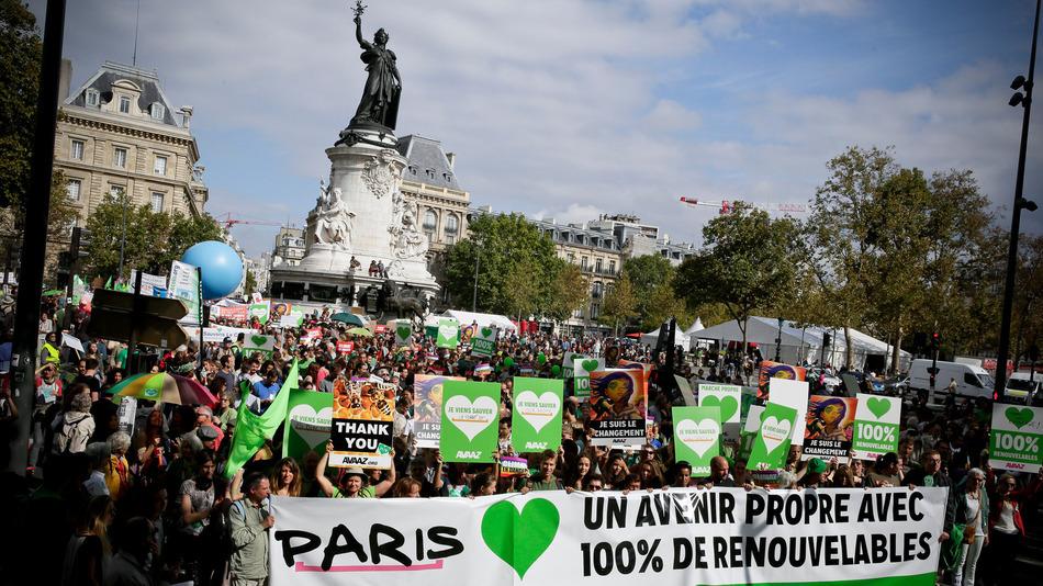 COP21 eylemleri yasaklanmış olsa da aktivistler her zamankinden daha kararlı