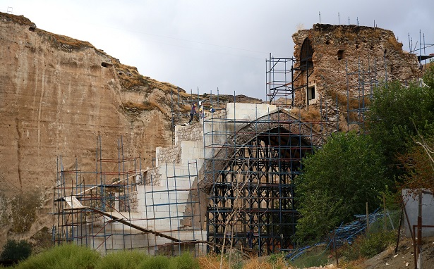 Hasankeyf'teki tarihi eserler gizli ihale ile taşınıyor