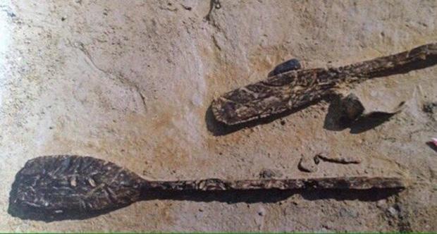 Yenikapı'nın ilkleri: 8 bin yıllık ayak izi, bin 200 yıllık tarak