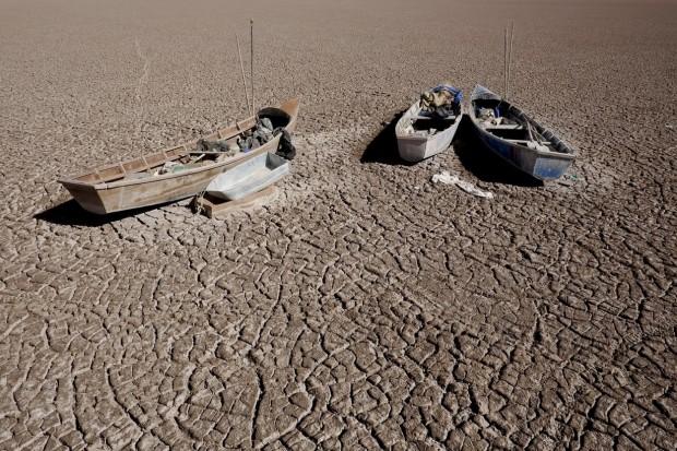 Bolivya'nın ikinci en büyük gölü tamamen kurudu