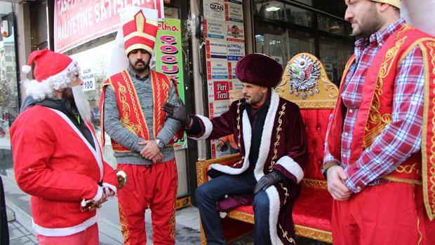 """""""Noel Baba'yı yargılamak""""tan ODTÜ'ye: Akitleşme"""