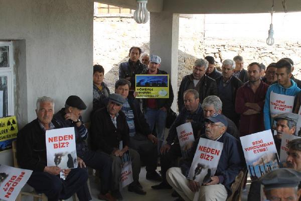 Mersin'de çevrecilerden çimento fabrikası protestosu