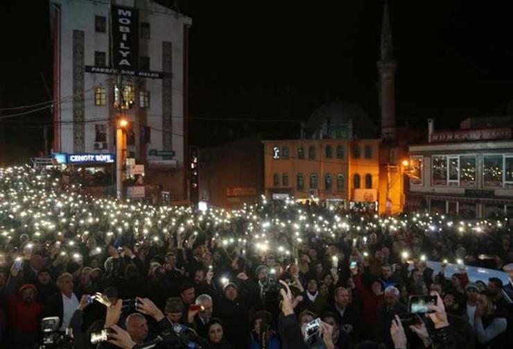 Artvinliler Cerattepe'deki 'Cengiz çıkarması' için ayakta: Geçit vermem zalimin zulmüne