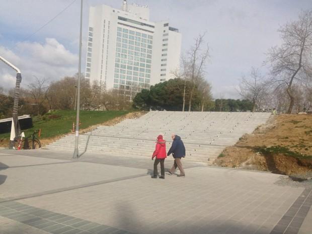 """Gezi'yi betonlamaya """"çaktırmadan"""" devam ediyorlar"""