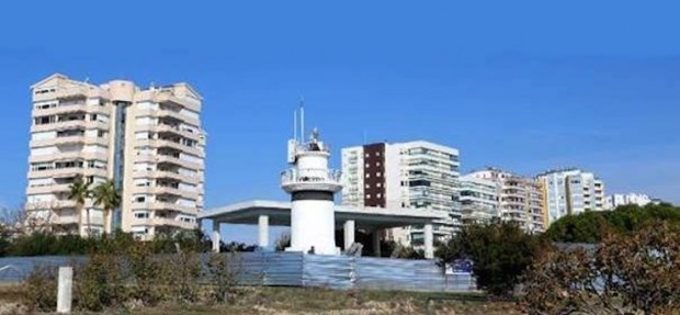 Antalya'da tarihi falezlere inşaat izni