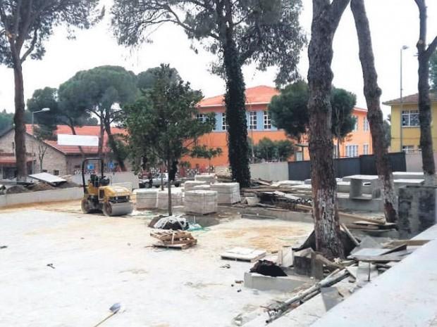 """AKP Bayındır İlçe Başkanı: """"Parkımızı betona boğdular"""""""