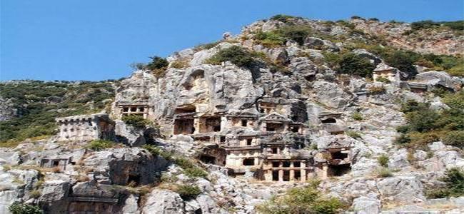 'Arkeolojik SİT alanlarının yapılaşmasının önü açılıyor'