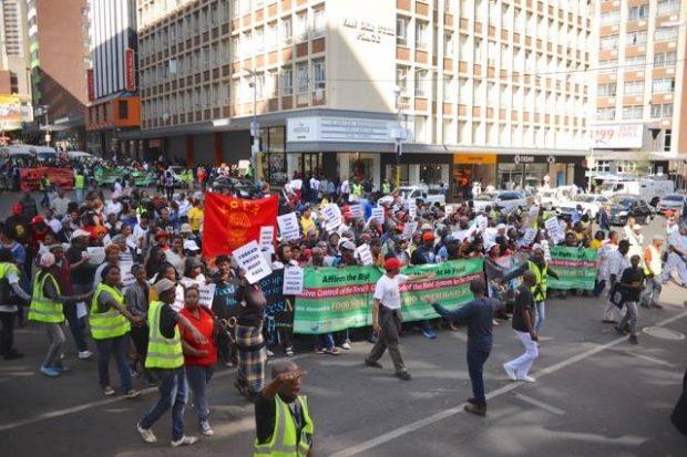 Güney Afrika'da halklar kuraklığa karşı iklim adaleti için yürüdü!