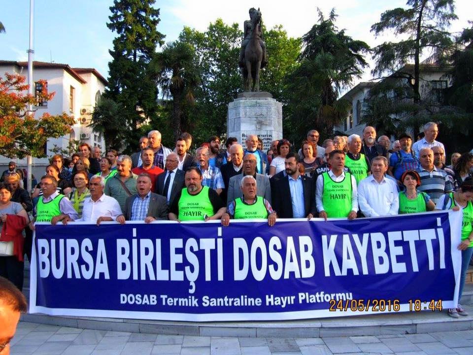 Bursa'da çevreciler termik santrale karşı hukuk zaferini halay çekerek kutladı