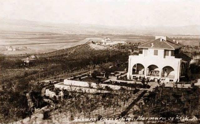 Atatürk'ün Marmara Köşkü'nü 'orjinalliğini kaybetti' diye yıkmışlar!