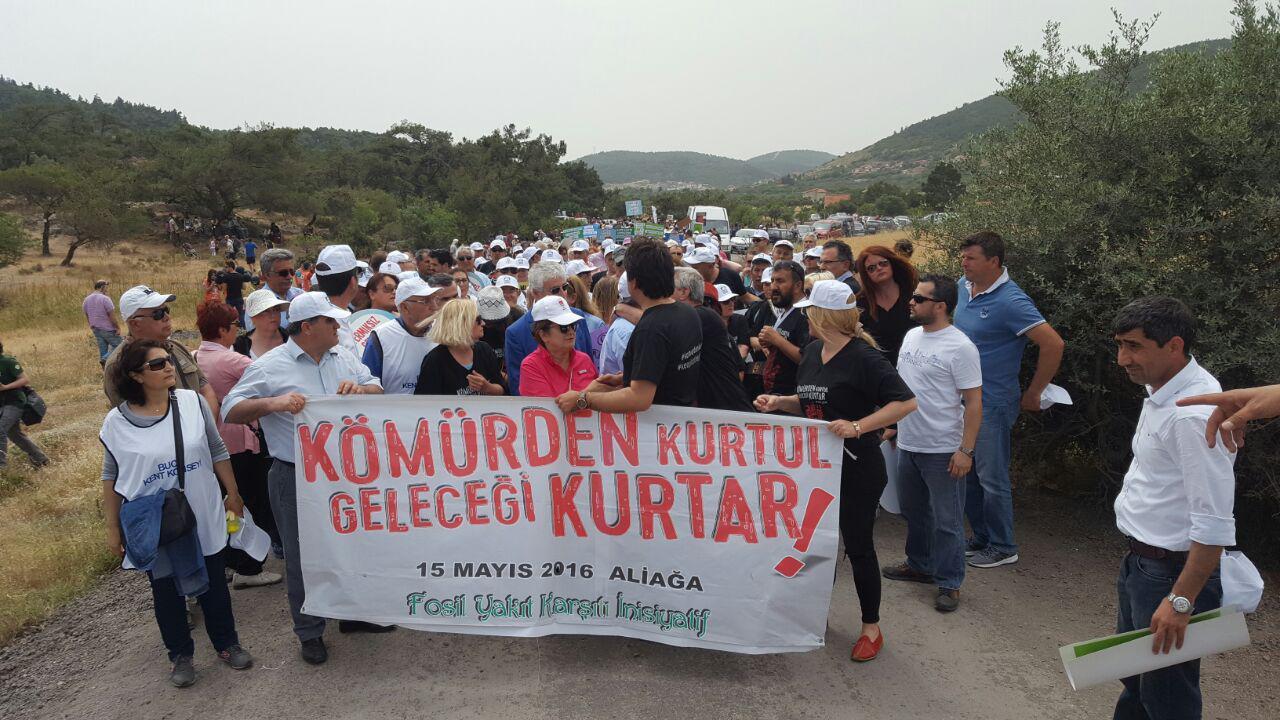 Aliağa'da toplanan çevrecilerden tek ses: Kömürden kurtul