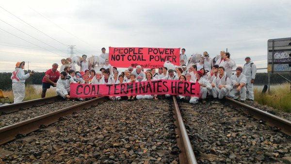 Avustralya'da dünyanın en büyük kömür limanı işgal edildi
