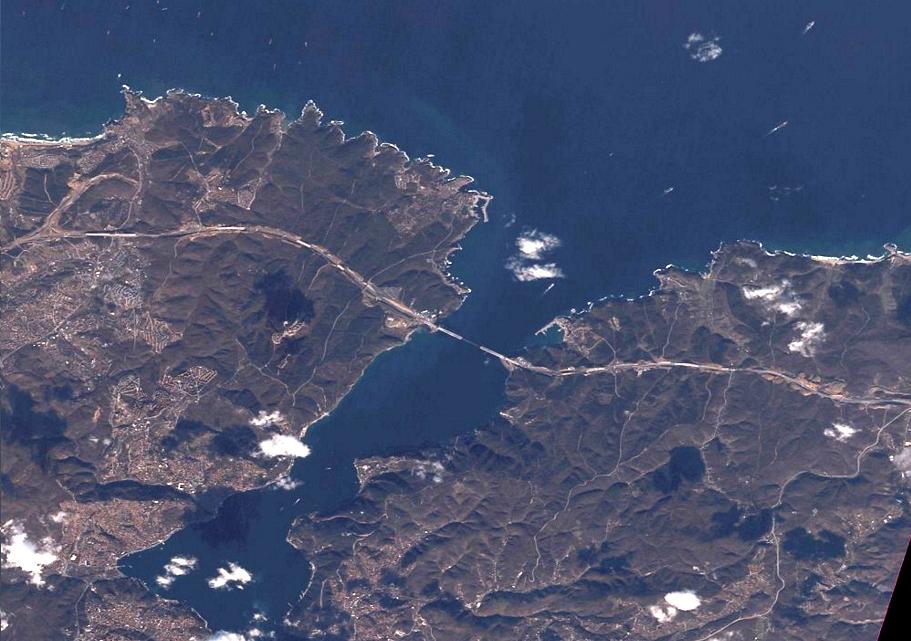 Kuzey Ormanları'nı keserek yapılan rant projeleri İstanbul'un nüfusunu 40 milyona çıkaracak.