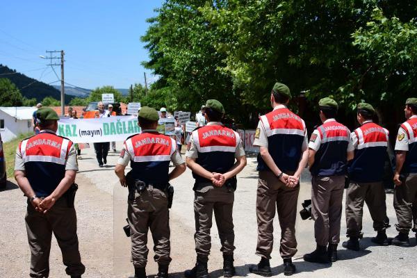 Çanakkale'de ÇED toplantısında yaşam savunucularına barikat