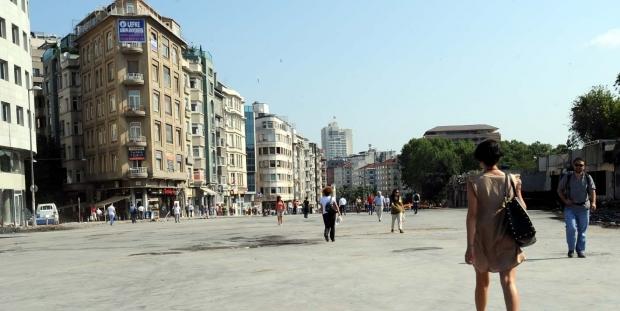 """Binali Yıldırım'ın """"Her tarafı çiçeklerle bezenmiş"""" dediği İstanbul'da yeşil alan oranı yüzde 2,20!"""