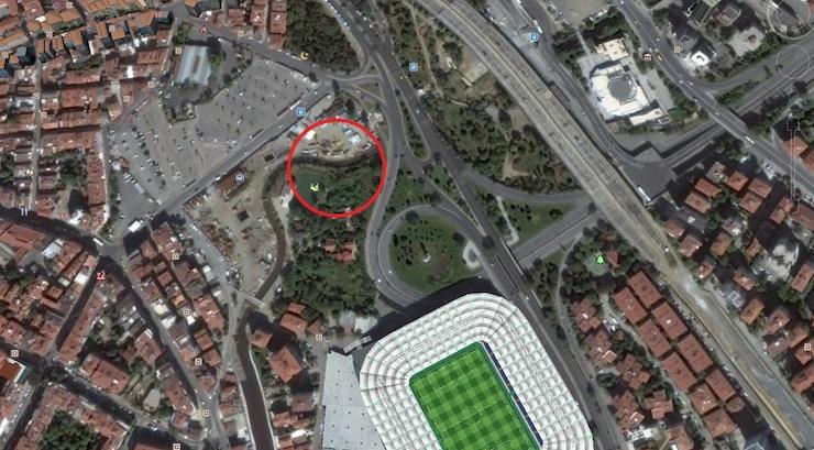 Zehir saçan Kurbağalıdere'nin kenarına 12 katlı otel yapılacak!