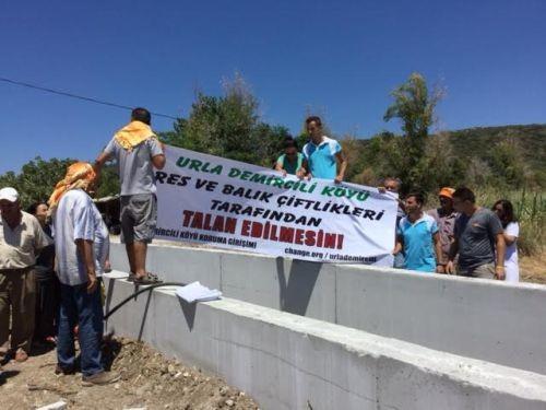 Balık Çiftliği İçin 1. Derece Doğal Sit Alanına Beton Boru Döşediler