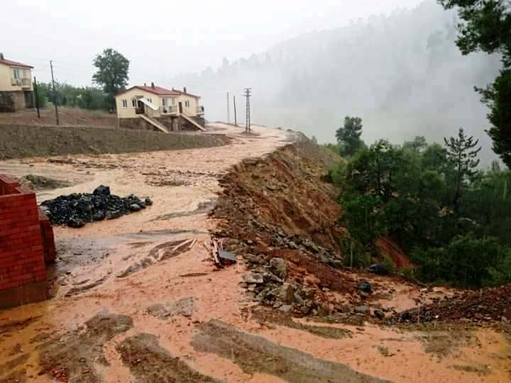 Isparta'da Darıbükü Köyünü Önce HES Sonra da Sel Vurdu