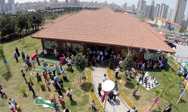 Oyun müzesine el koyuyorlar… Sunay Akın'dan İstanbulluları çocuk haklarını savunmaya çağırdı.