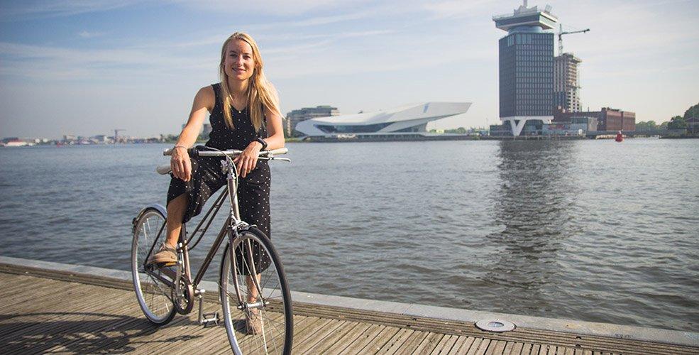Amsterdam ilk 'Bisiklet Başkanını' seçti: Anna Luten