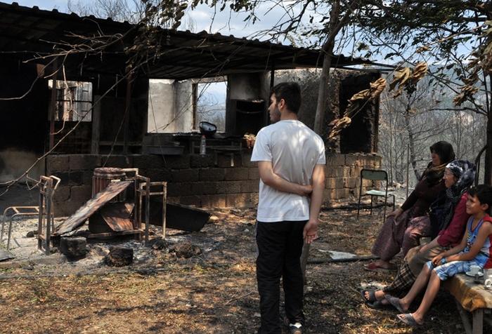 Köylüler teller için uyarmış: Yangın çıkaracak