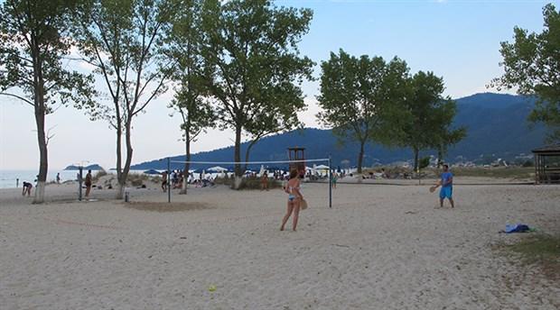 Thassos'un plajlarında salına salına