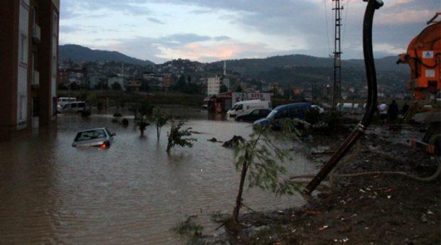 2012 Samsun sel felaketinde bilirkişi 'kamu kurumları kusurlu' dedi, savcılık takipsizlik verdi