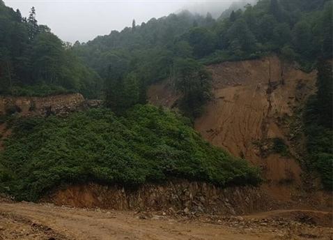 Artvin'de 'HES yapılamaz' denilen vadi 'Yeşil Yol' ile yok ediliyor!
