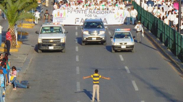 Meksikalı çocuk homofobiye karşı