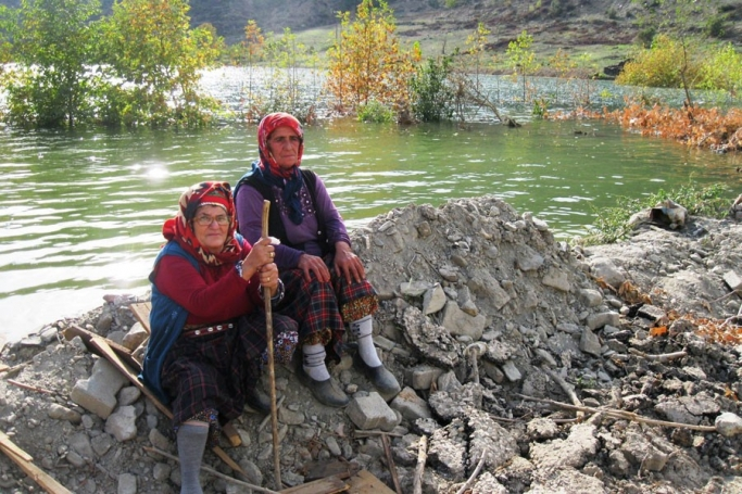 HES bir köyü daha yuttu: Isparta'da da şirket, dava sonuçlanmadan barajı köye inşa etti!
