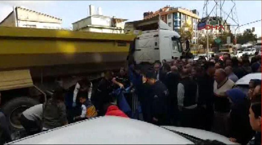 Hafriyat kamyonu, 85 yaşındaki kadını ezdi