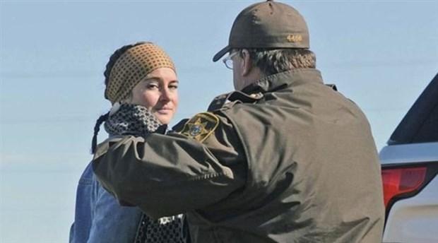 ABD'li oyuncu petrol boru hattı protestosunda gözaltına alındı