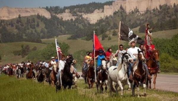 Dakota boru hattına karşı büyüyen direniş yerli kabileleri birleştiriyor