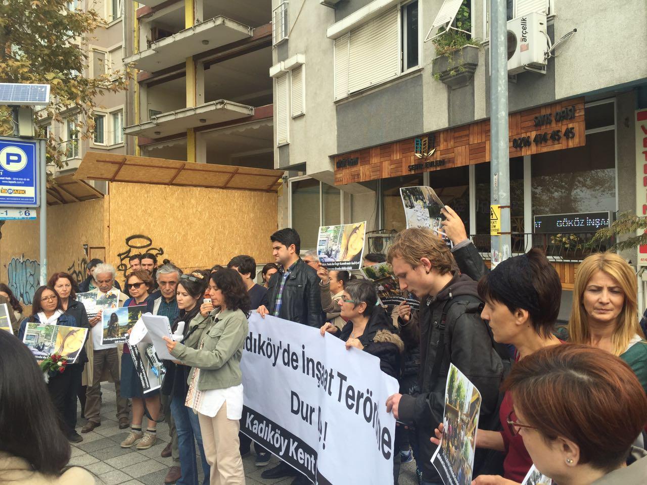 Kadıköy Kent Dayanışması'ndan hafriyat kamyonlarının terörüne karşı eylem