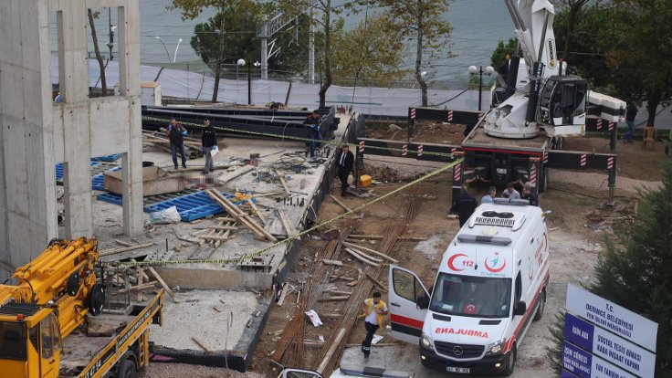 Kocaeli'nde inşaat vincinin sepeti koptu, iki işçi daha hayatını kaybetti