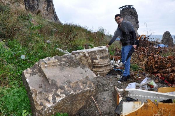 Amasra'da hafriyat dökülen alanda tarihi kalıntılar bulundu