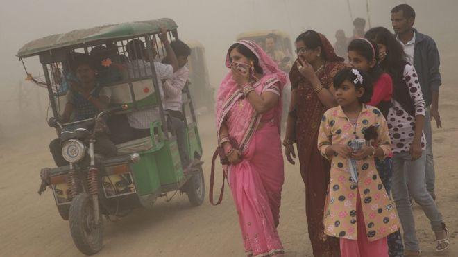 Delhi'de hava kirliliği nedeniyle okullar 3 gün tatil