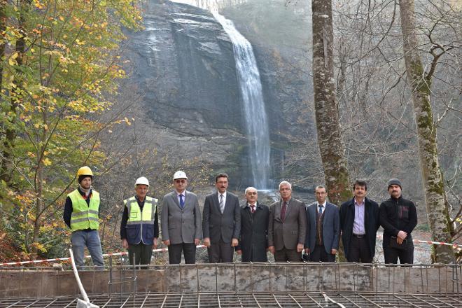 AKP bir yeryüzü cennetini daha betona çeviriyor: Bursa Suuçtu Şelalesi'ne tesis!