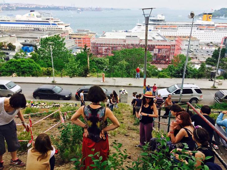 Cihangir Roma Bahçesi kentsel faşizme direniyor