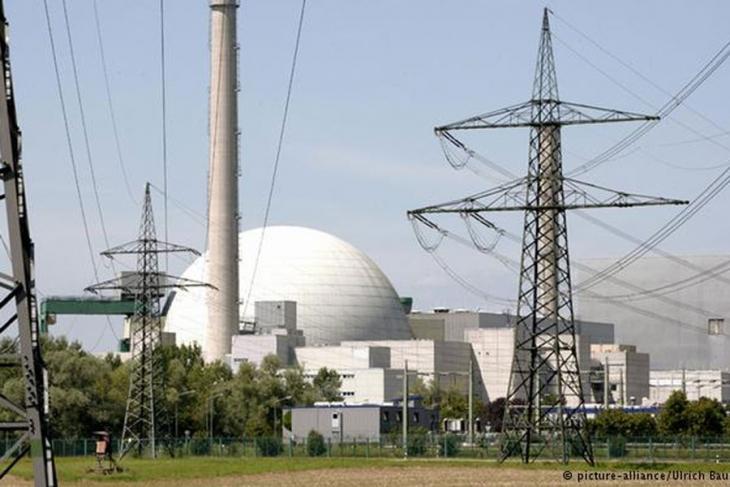 Almanya tüm nükleer santrallerini kapatıyor!
