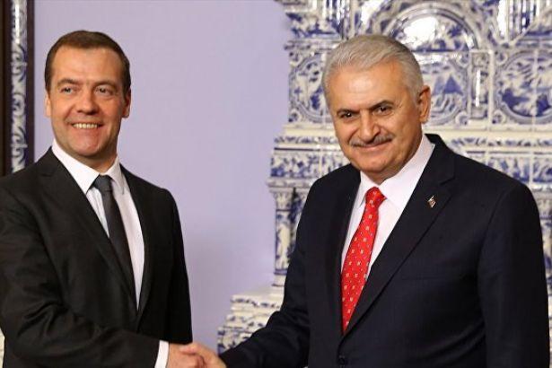 Binali Yıldırım Medvedev'le birlikte açıkladı: Akkuyu hızlandırılacak