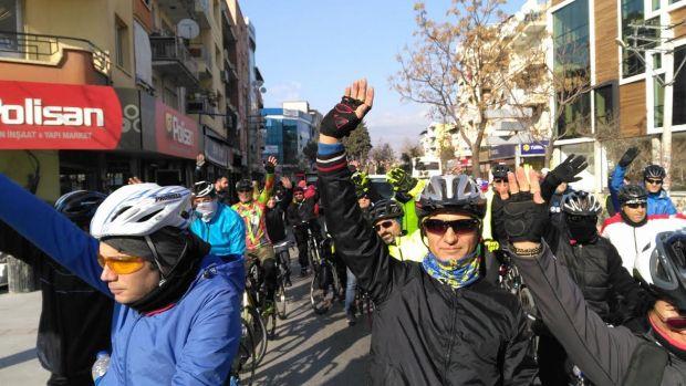 Bisikletli Ulaşım talebi bu kez İzmir Çamdibi'nden geldi