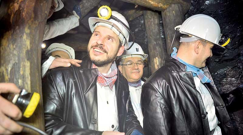 Kamu kaynakları enerji ve madenciliğe akıyor. AKP Hükümeti iki sektöre ayırdığı payı yüzde 7 artırdı.