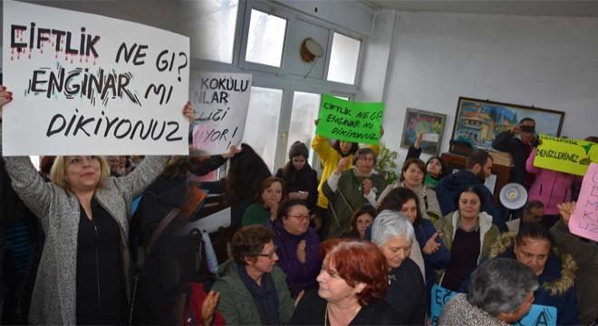 Karaburun Halkı, Balık Çiftliği Ağalarına 'bilgilendirme' toplantısı yaptırmadı