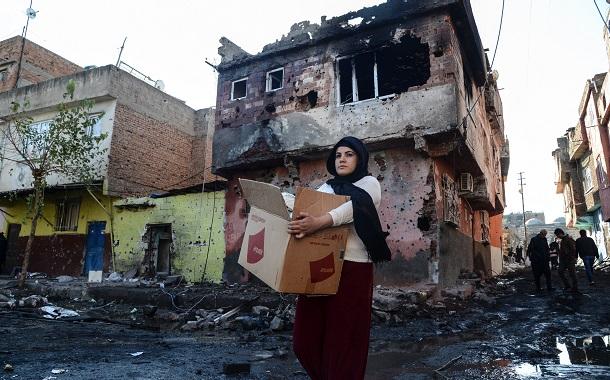 """ŞPO: Sur'un tarihi dokusu """"güvenlik"""" uğruna tahrip ediliyor"""