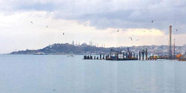"""""""Kabataş'a çakılan 'Martı' kazıkları, İstanbul'un silüetini de bozacak"""""""