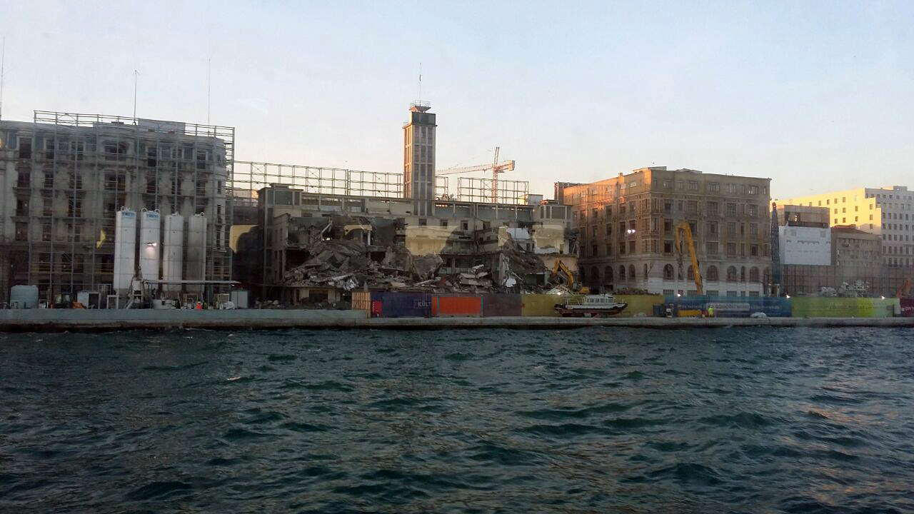 Mimarlar Odası: Karaköy Yolcu Salonunun Yıkımı Kabul Edilemez!