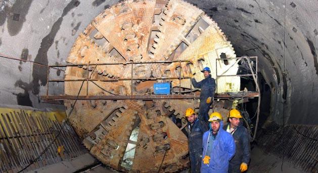 Çekmeköy metrosunda yanlış projelendirme 112 milyon euroya mal oldu, İBB yine kredi dilenme kararı aldı!